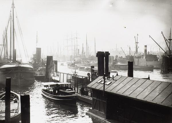 Le port de Hambourg dans l'entre-deux-guerres (SLUB / Deutsche Fotothek)