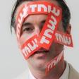 Boris Veldhuijzen van Zanten draait spammers dol met geniaal opzetje (NL)
