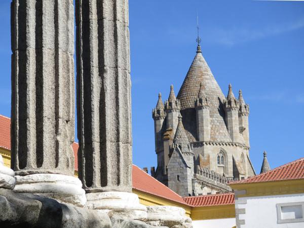 Qué ver en Évora y alrededores. Un viaje a la ciudad histórica, corazón del Alentejo.