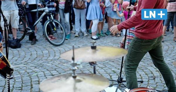 Ostsee: Straßenmusiker dürfen wegen Corona nicht am Meer auftreten