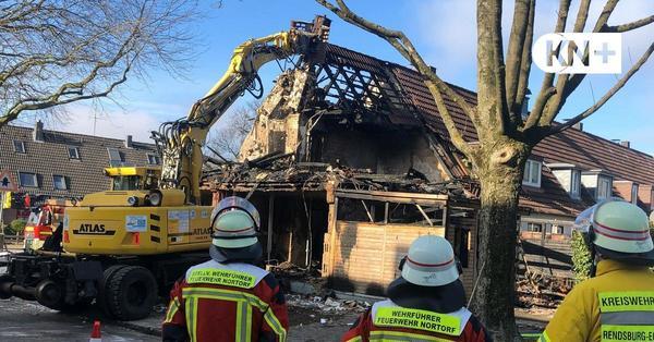 Großeinsatz nach Gasexplosion: Feuerwehr sucht nach Frau