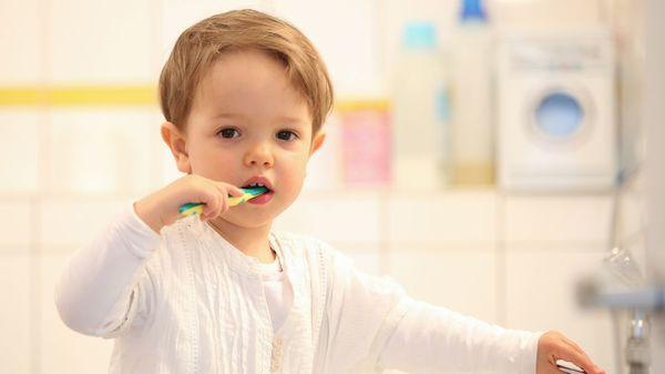 """""""Öko-Test"""" untersucht Kinderzahncremes: Die meisten sind unbedenklich"""