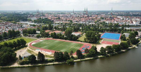 Sportanlagen wieder geöffnet: Diese Regeln gelten jetzt auf Falkenwiese und Co.