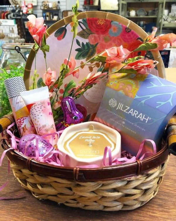 Main Street Boutique has Custom Easter Baskets Available for Reservation