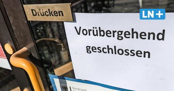 Messerangriff auf Lehrer an Möllner Sprachschule: Täter schweigt