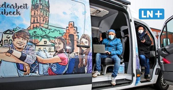 """Jugendarbeit in Corona-Zeiten: Wohnmobil """"Roadrunner"""" als mobiler Treffpunkt"""
