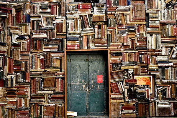"""The """"Well-Balanced Meal"""" MBA Reading List"""