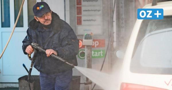 Dieser Rostocker verrät, wie Sie ihr Auto nach dem Winter richtig pflegen