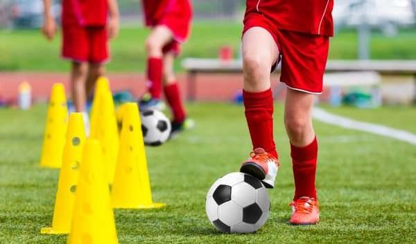 Hele lichte versoepeling: vanaf 16 maart is voor spelers vanaf 27 jaar trainen in viertallen weer toegestaan [update]