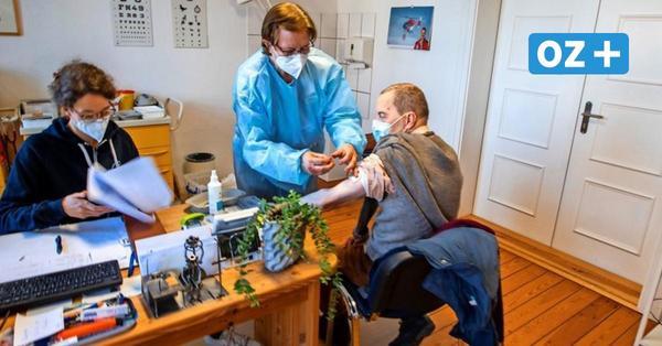 Erster Corona-Impftag auf Hiddensee: Wenn das mobile Team mit der Fähre kommt