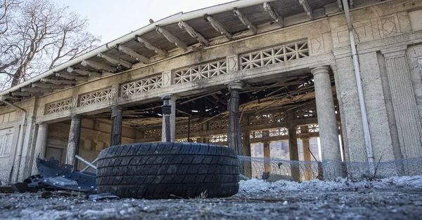 Way past time for city to spiff up long-neglected Jackson Park