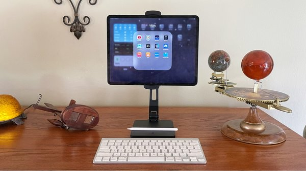 HoverBar Duo cleverly combines tablet desktop stand with shelf clamp [Review]