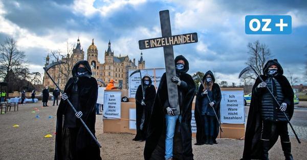 Protest: Gastgewerbe fordert vor Schweriner Landtag Ende der Schließungen