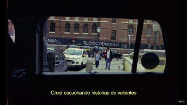 Fragmento del vídeoclip 'CAMBIA!'