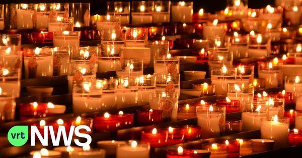 Instants de commémoration en mémoire des victimes du COVID-19 dans les cimetières de Poperinge - Stiltehoeken op Poperingse begraafplaatsen