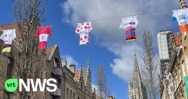 Pour attirer les amateurs de cyclisme, la ville d'Ypres mise sur des maillots multicolores. - Ieper lokt wielertoeristen met fietstruitjes