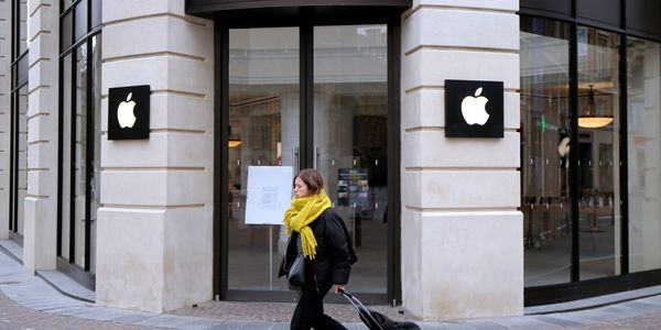 Apple Scores Legal Win in France Over App-Privacy Changes