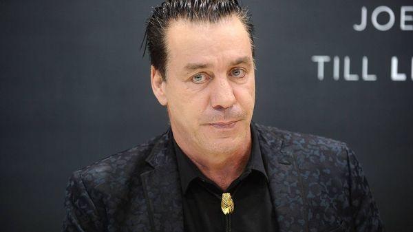 Rammstein-Sänger Till Lindemann kündigt Live-Album seines Solo-Projekts an