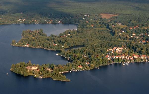 Luftaufnahme von Stadt und Schloss Teupitz. (Foto: Hensel)