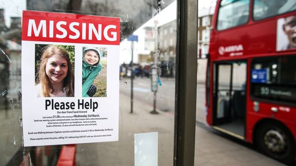 Verschwinden von Sarah Everard in London: Aufschrei gegen Gewalt an Frauen in Großbritannien