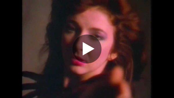 Kate Bush -  RUNNING UP THAT HILL  (HQ)