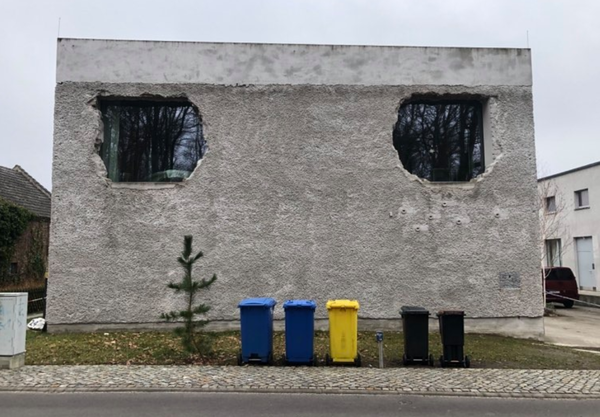 Die Anti-Villa am Krampnitzsee. Foto: Peter Degener