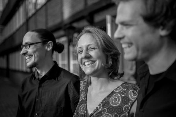 Le trio de «latinfolk» originaire de Hambourg : Kamasol