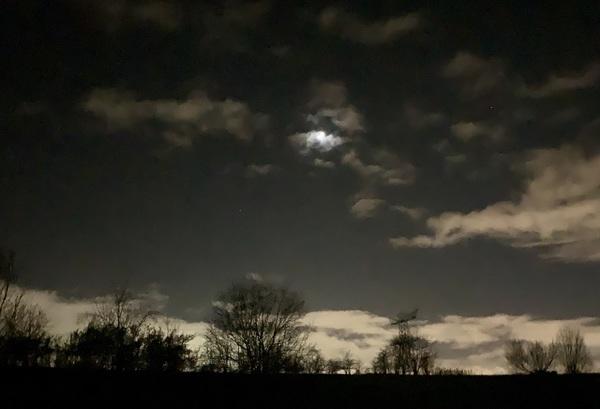 Ommetje vlak voor de avondklok.