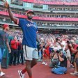 Report: LeBron James to own share of Boston Red Sox