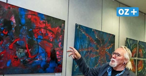 Regionaler Künstler stellt aus: Abstrakte Malerei in der Wismarer Sparkasse