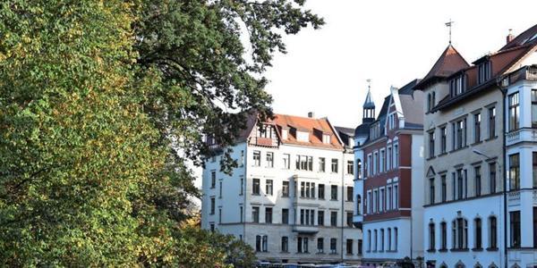 Ihre Meinung: Sollte der Immobilienmarkt in Leipzig stärker reguliert werden?