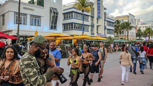 Miami: Tausende feiern Spring Break – Notstand ausgerufen, Ausgangssperre verhängt
