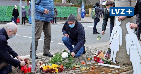 120 Menschen bei Mahnwache für die Opfer des Unfalls an der Prager Straße