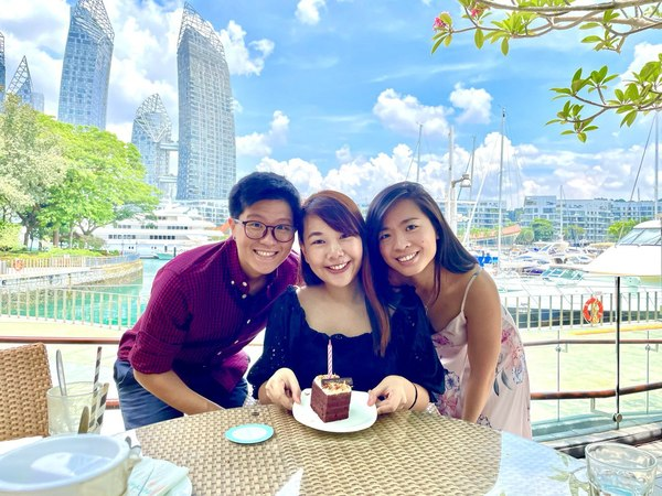 Happy Birthday Gina & Happy Engagement! We are so proud of you and how far you've grown :) And no, it was a real background, I'm working on my colour grading skills, I promise!