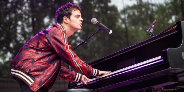 Jamie Cullum erst 2022 bei den Dresdner Musikfestspielen