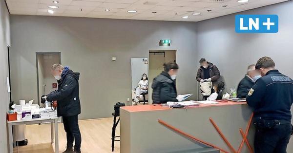 Betrugsverdacht: Ermittler durchsuchen Corona-Testzentrum in Lübecker Innenstadt