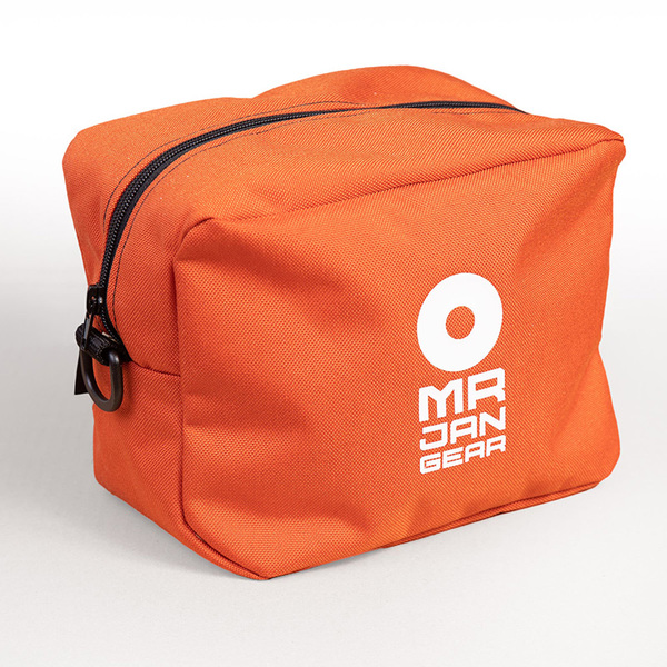 The Quarterbag - Free with your Rise in a matching colour.