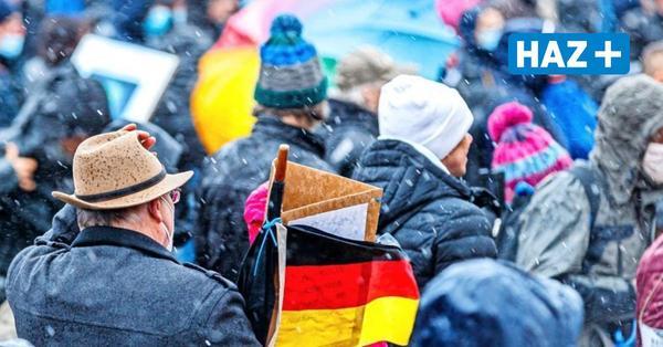 """Gewerkschaft sieht mehr Gewalt gegen Polizei durch """"Querdenker""""-Demos"""