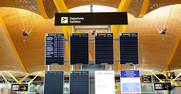 Prorrogan algunas restricciones de entrada a España por vía aérea hasta mediados de abril