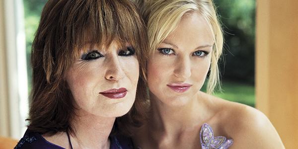 Liesbeth List met haar dochter Elisha (bron: Klaas Hansen)