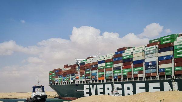 Frachter im Suezkanal: 300 Schiffe warten auf Durchfahrt