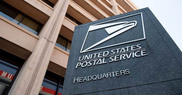 Postal banking, alcohol delivery could save the U.S. Postal Service, experts say