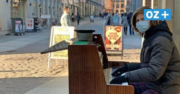 Stralsunder Straßenmusiker (17) will mit dem Klavier durch Europa reisen