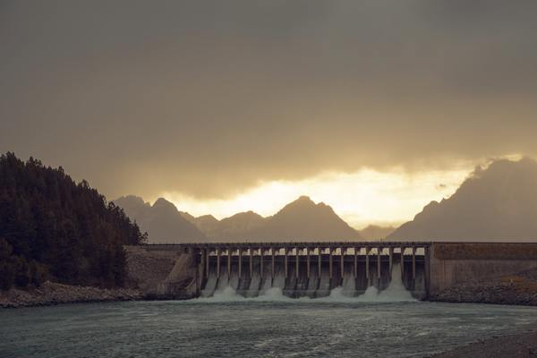 An Idaho Congressman Aims to Dump Dams