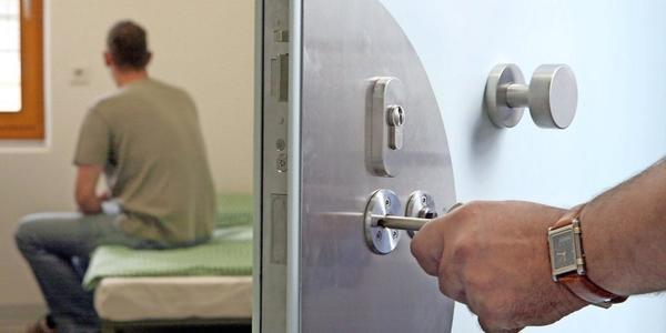 Drogenhandel in Dresden: Beschuldigter in Untersuchungshaft