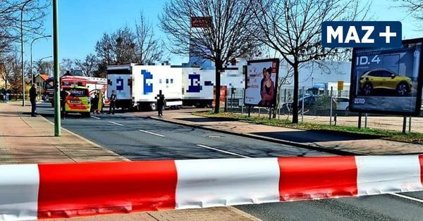 Tödlicher Unfall in Potsdam: Lkw überfährt Radfahrer