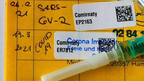 Impfstoff: Biontech meldet hundertprozentige Wirksamkeit bei Jugendlichen