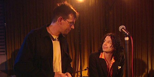 Zanger Michael Hutchence in zijn laatste interview op Nederlandse televisie (bron: NTR)
