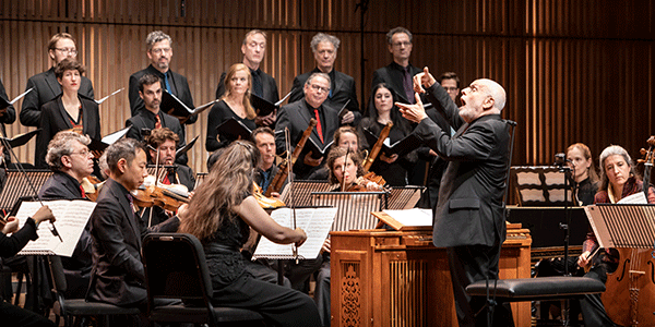 Toon Koopman leidt het orkest (bron: François Berthier)