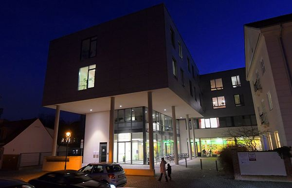 Die Oberlinklinik in Babelsberg. Foto: Bernd Gartenschläger